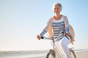 Entenda como funciona a terapia de reposição hormonal